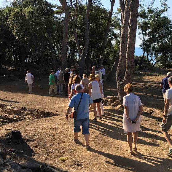 10. Il Parco di archeologia condivisa (PArCo) di Poggio del Molino